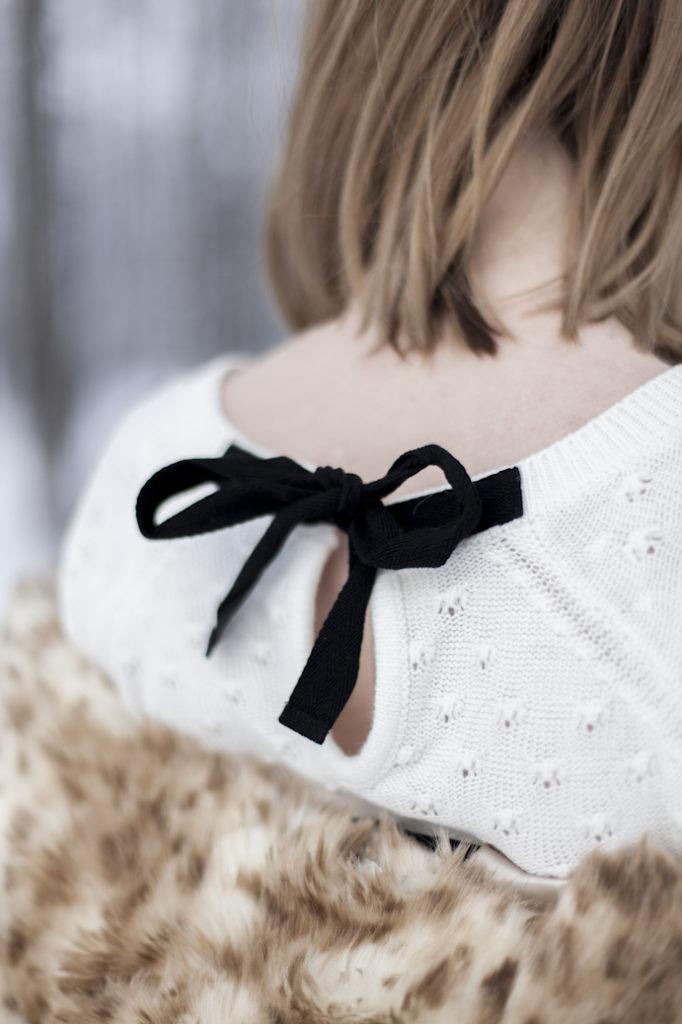 kokarda detale styl zima moda
