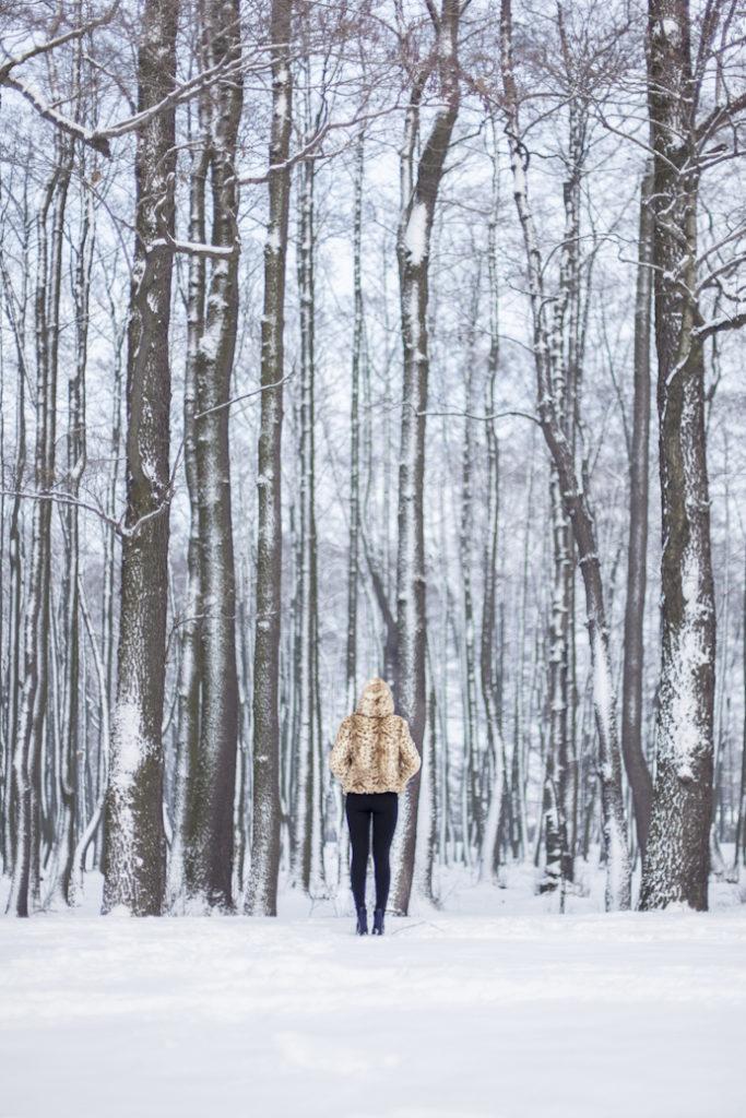 pierwszy wpis zima futro dziewczyna blog