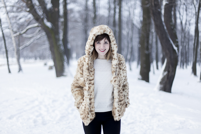 faux fur winter smile woman
