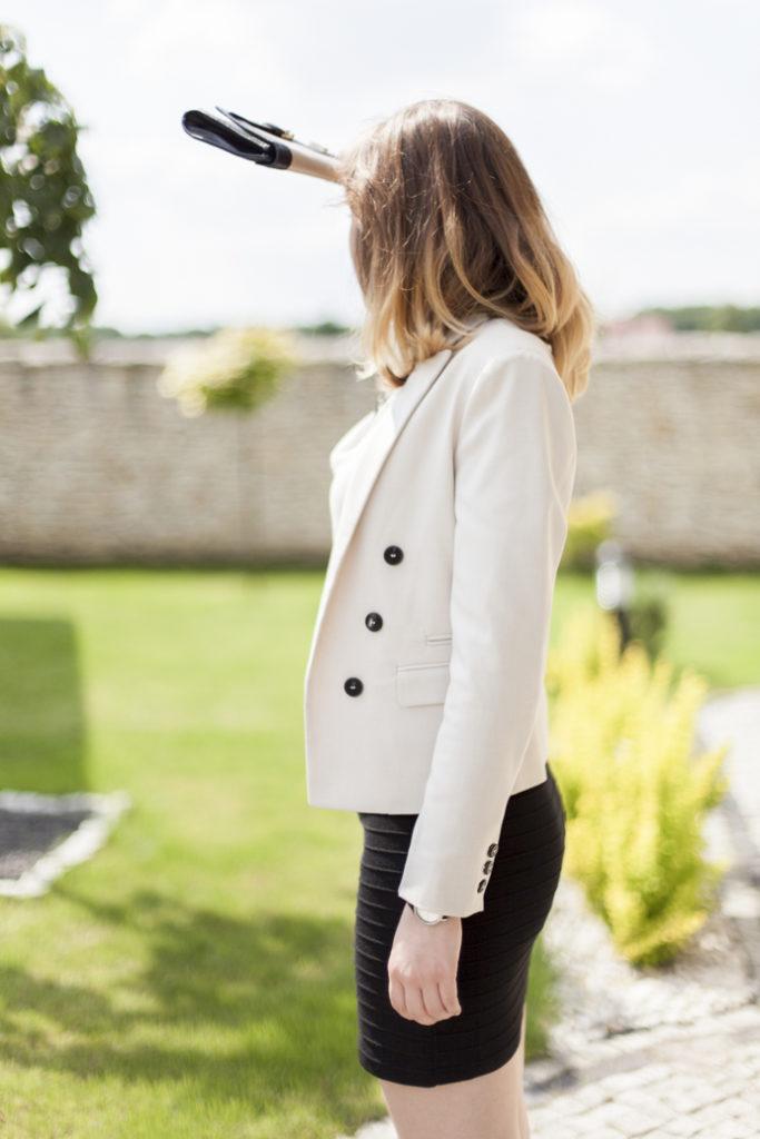 Kobieta w pracy elegancja klasyka dresscode