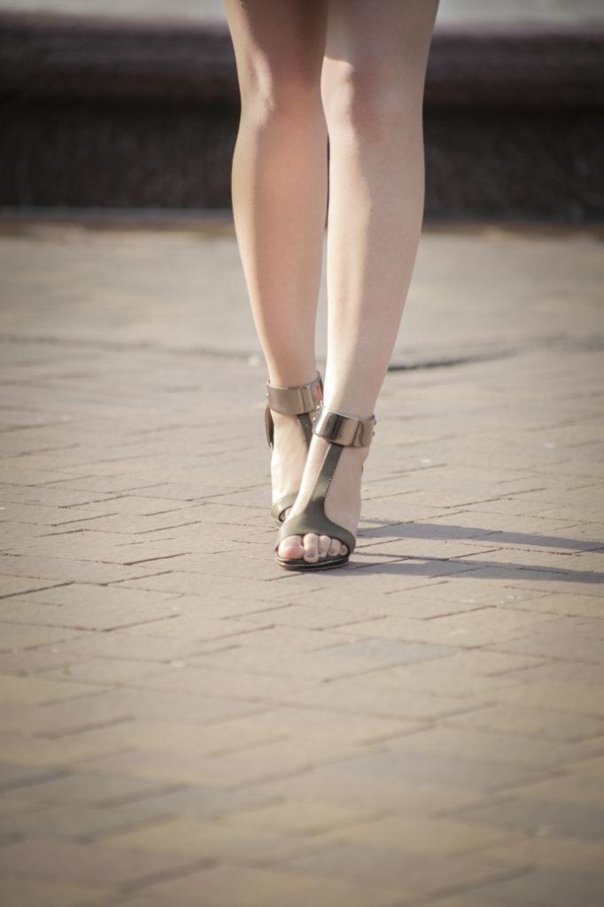 legs heels summer