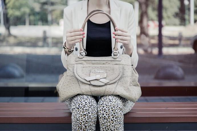 Jak się ubrać do pracy: postaw na wzór
