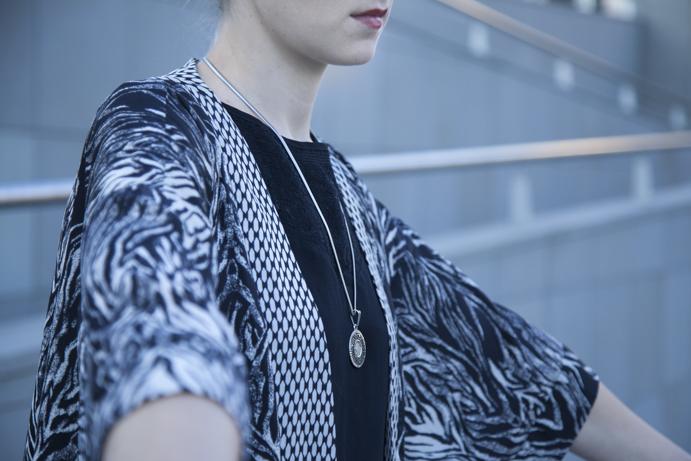 kimono minimal elegant