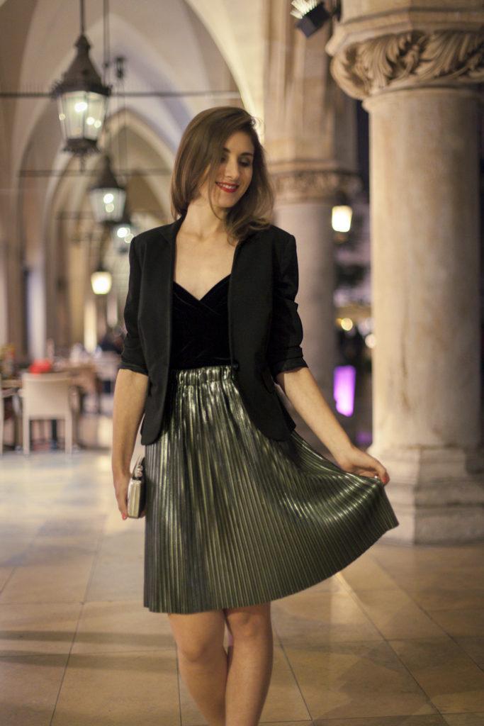 plisowana spódnica elegancko minimalnie