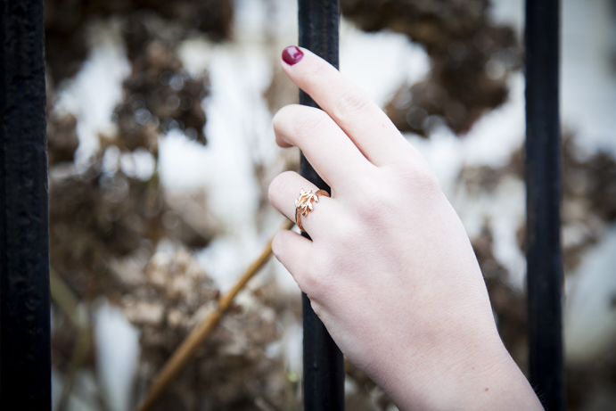 nails jewelry ring fashion style hand