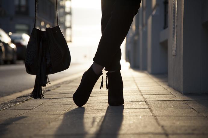 francuski styl buty torebka elegancja