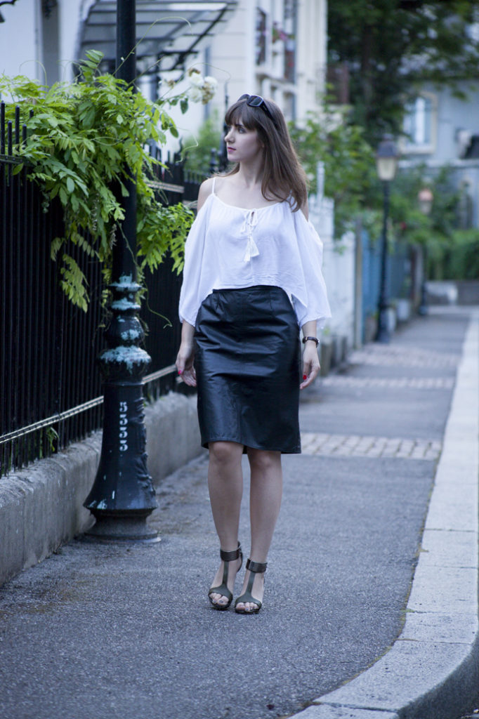 chic-elegant-classic-woman
