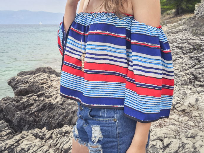 Off-shoulder-blouse-summer-fashion