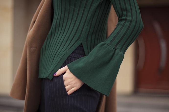 zielony modny sweter elegancja