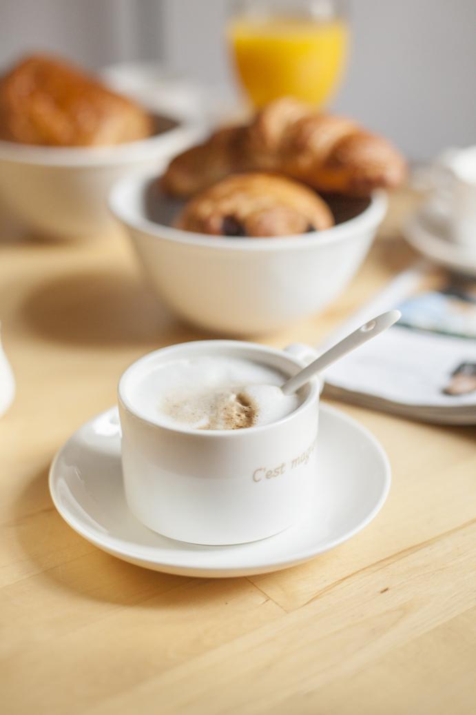 kawa śniadanie poranek szczęście razem