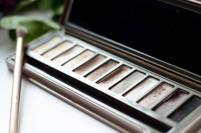 makijaż cienie do oczu beauty