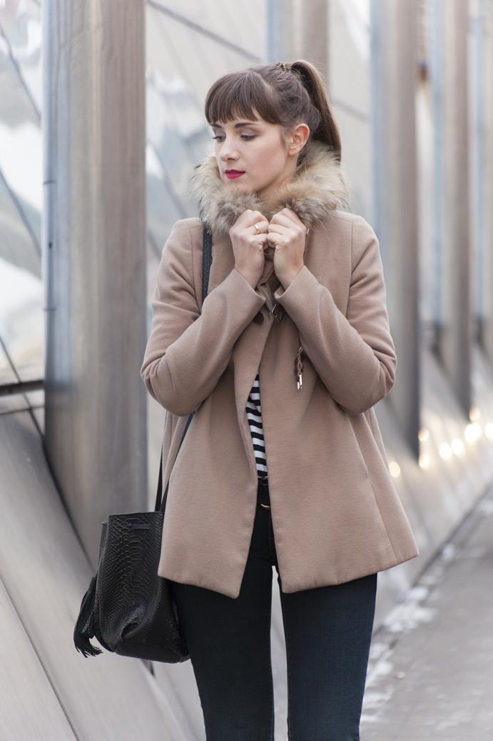 camel coat płaszczyk