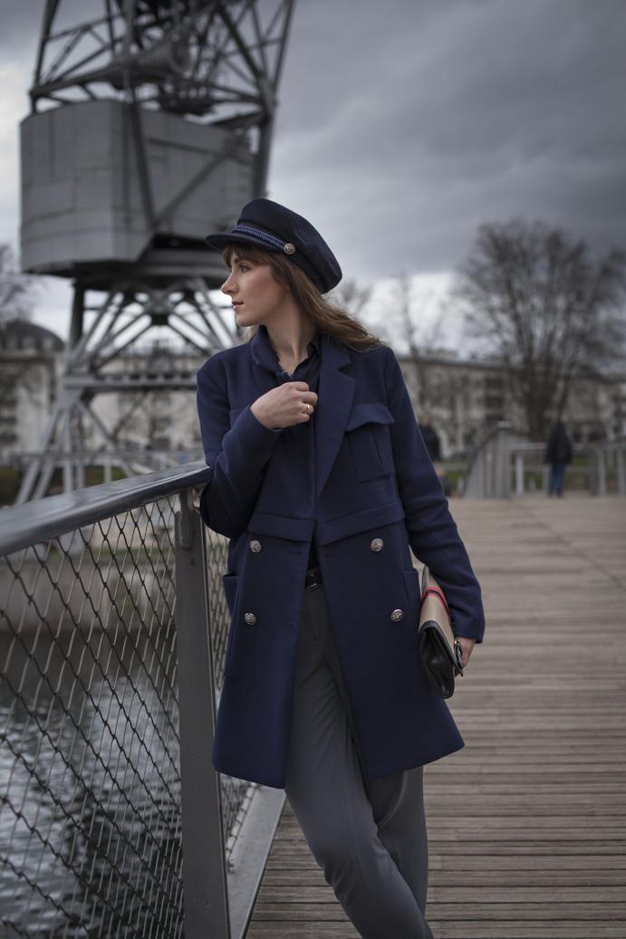 klasyczny płaszcz damski