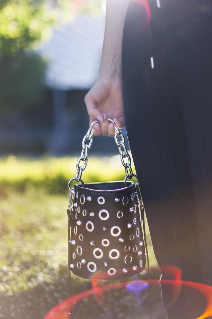 Zarq bucket bag