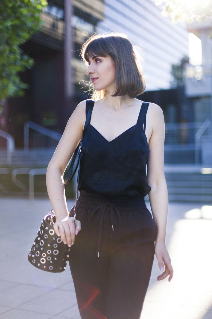 classic black outfit