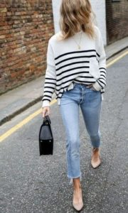 paski i jasny jeans